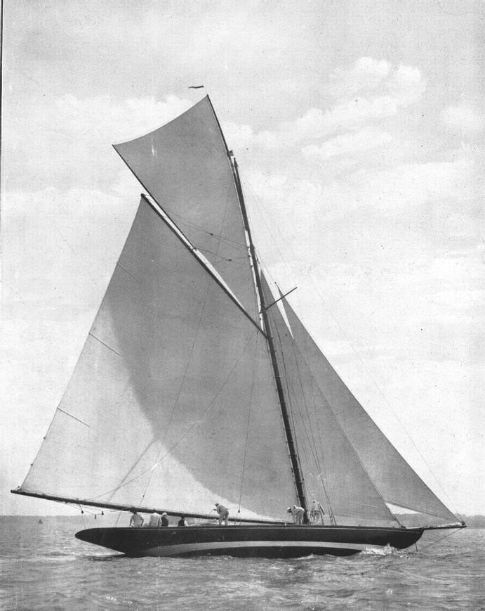 1907-Maoona-The_Yachtsman_1908